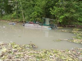 mai 2017 : curage de l'étang dans le Parc de l'usine